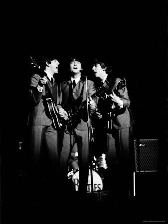 Pop Music Group the Beatles in Concert Paul McCartney, John Lennon, George Harrison - Ralph Morse