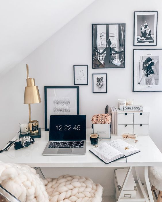17 Stylish Home Office Decorating Ideas to Try Right Now images