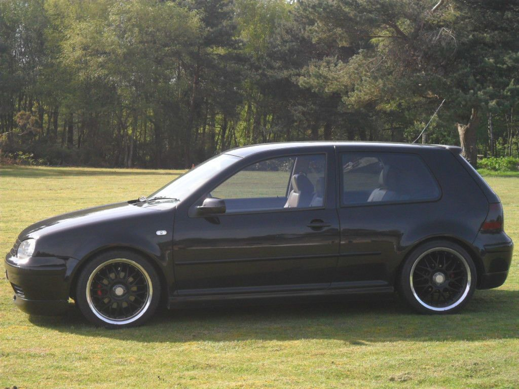 vw golf gti 2002 black L A N E S & C Y C L E S