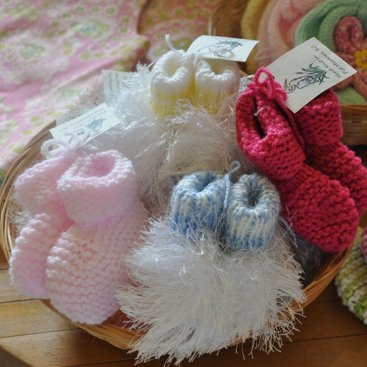 Laura stark knitting baby booties easter pinterest easter easter negle Gallery