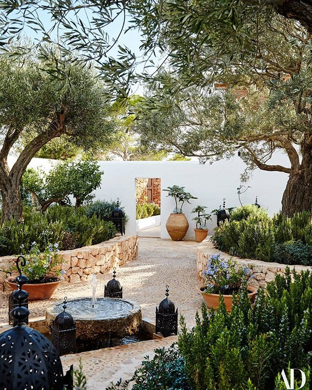 @onnocollection | Mediterranean garden design ...
