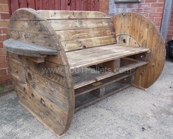 Pallet  Cable Drum Benches Palets, Madera y Reciclaje - como hacer bancas de madera para jardin