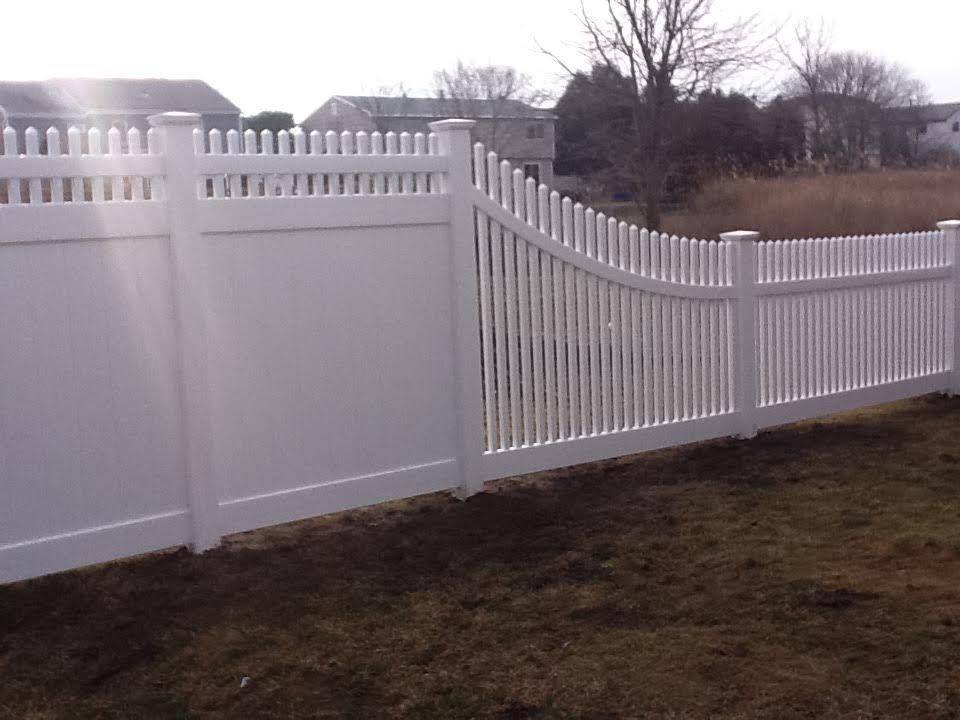 Back To Front Fence Transition Backyard Fences Fence Design Vinyl Fence