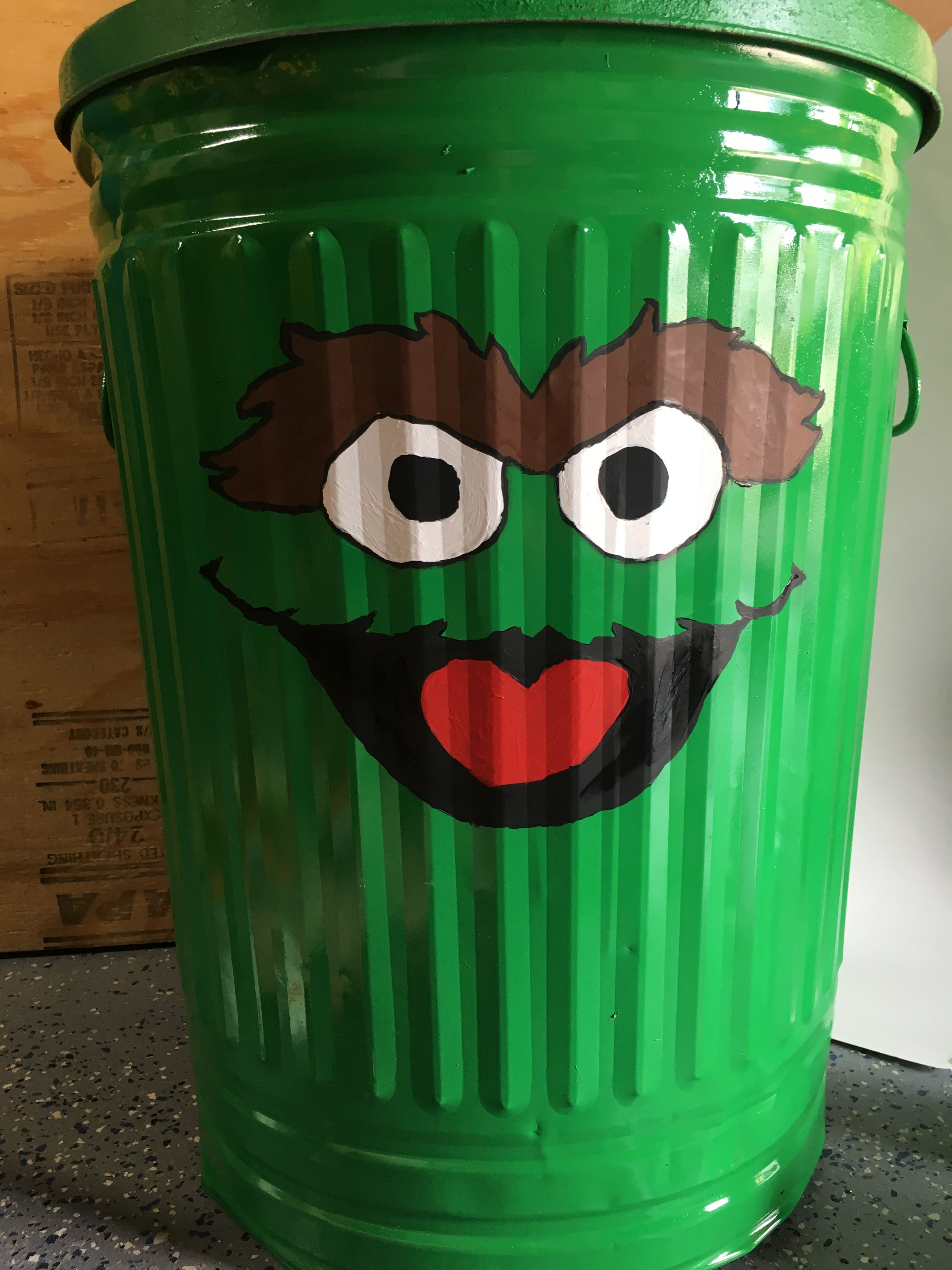 Oscar The Grouch Garbage Can I Gave New Life To An Old