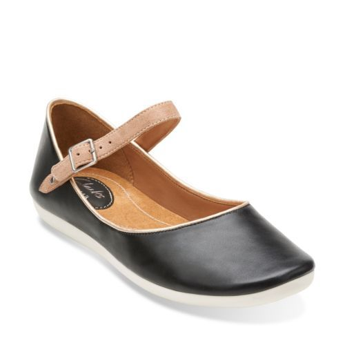 Feature Film Black Leather - Women's Medium Width - Medium Shoes - Clarks