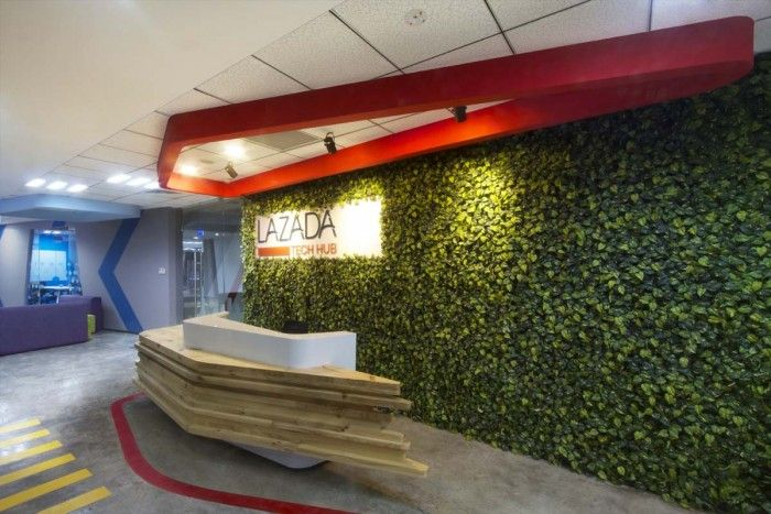 Lazada Ho Chi Minh City Offices Office Snapshots City Office Office Reception Design Office Interiors