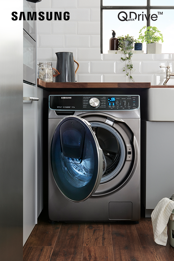 Choose A Washing Machine That S Stylish And Smart Choose The Samsung Quickdrive Washing Machine In Kitchen Samsung Washing Machine Washing Machine