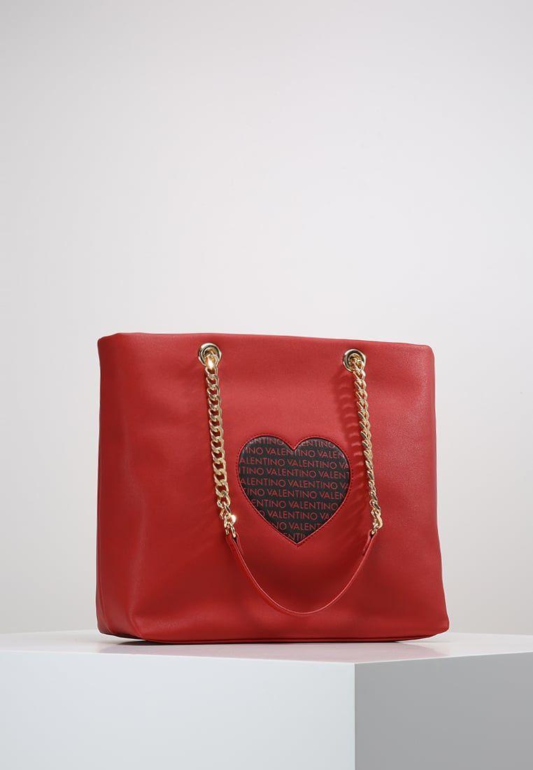 b939c1b62 ¡Consigue este tipo de bolso grande de Valentino By Mario Valentino ahora!  Haz clic