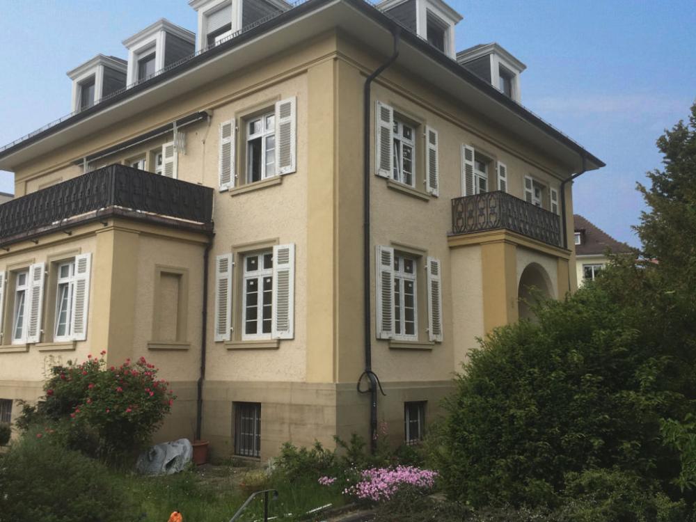 Lichtdurchflutete Komplett Sanierte Schicke 4 Zi Wohnung Mit 3 Balkonen Im Rodgebiet 3 Zimmer Wohnung Wohnung Style At Home