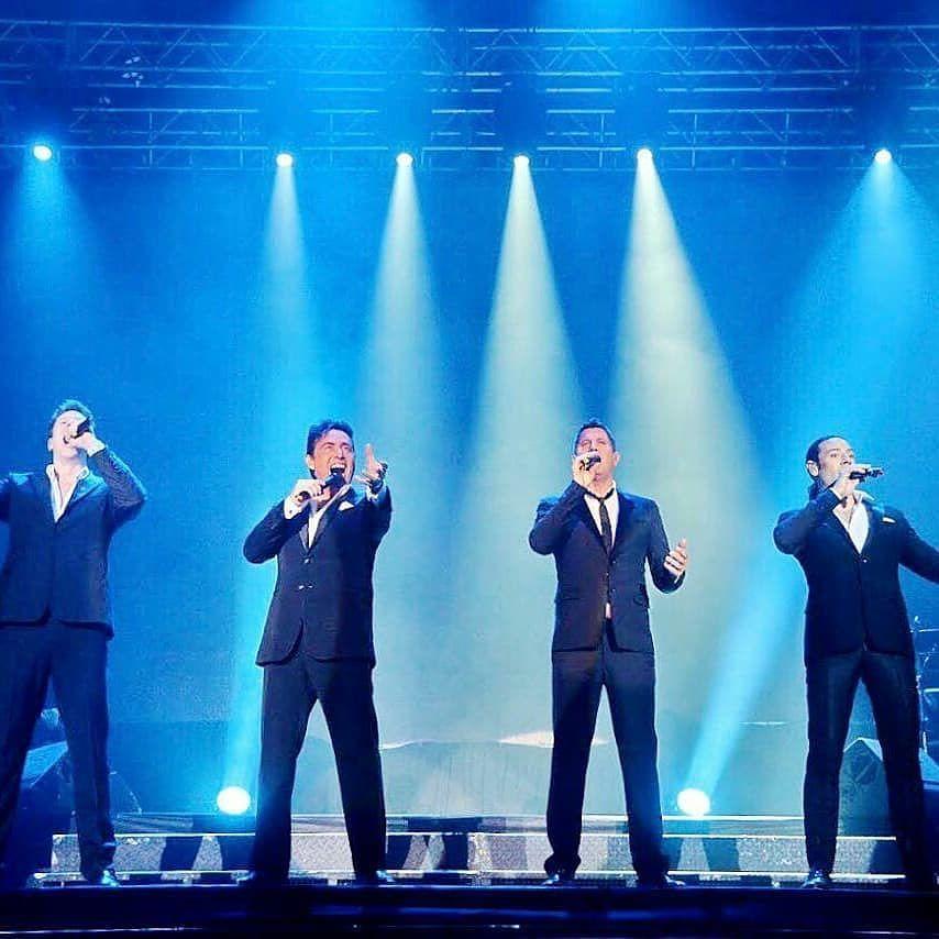 "Four special voices! We love them! Thanks for sharing @laradiomenospensada RepostBy @laradiomenospensada: ""Por primera vez @ildivo en 15 años que están juntos se presentaron en #Córdoba con un @orfeosuperdomo completo. Gracias por tan bello show @carlosmarinildivo  @ildivours  @sebdivo  @divodavidmiller . Ph @vitocallejon"" (via #InstaRepost @AppsKottage)"