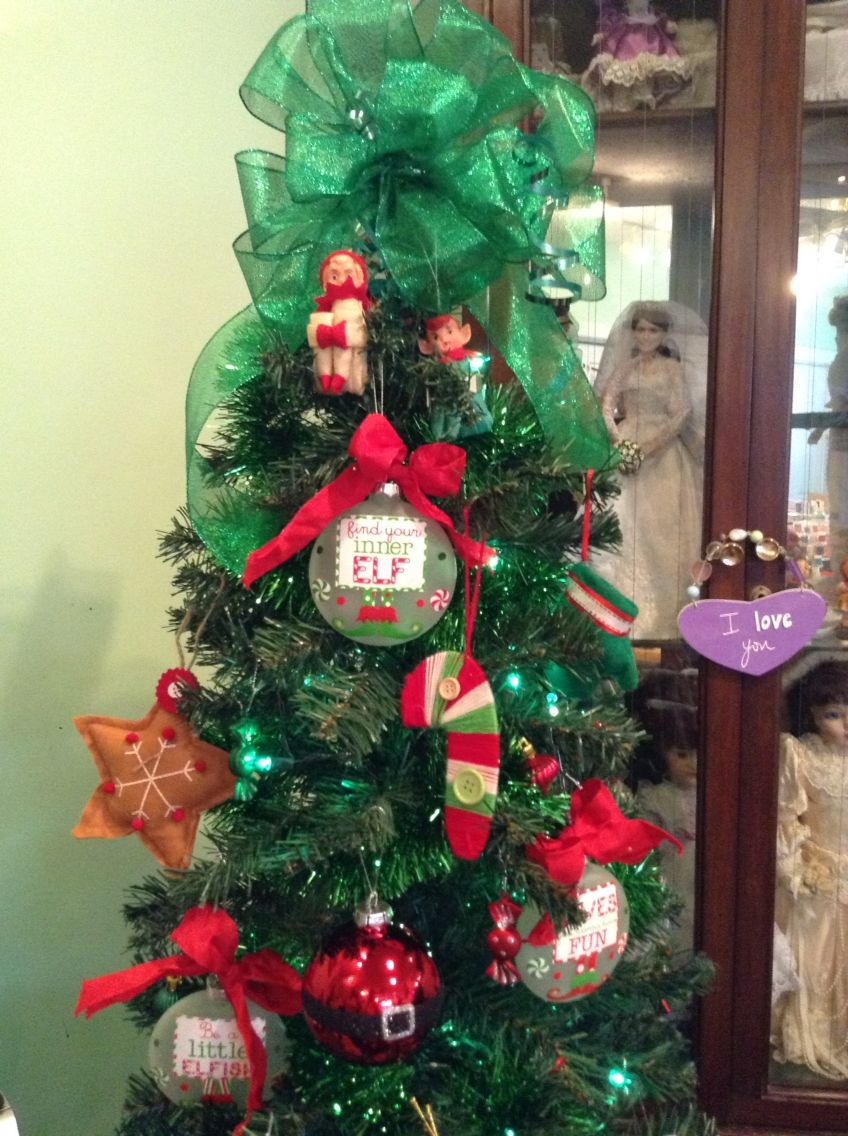 Elf tree This is my Elf tree that is in my sewing room. I make many