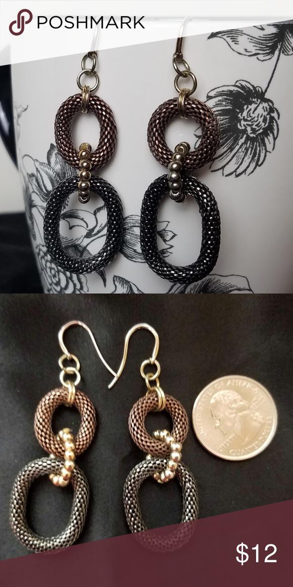 433b17934 🛍3/$15 Metal Mesh Oval Three Tone Dangle Earrings Gorgeous dangle earrings!  Two