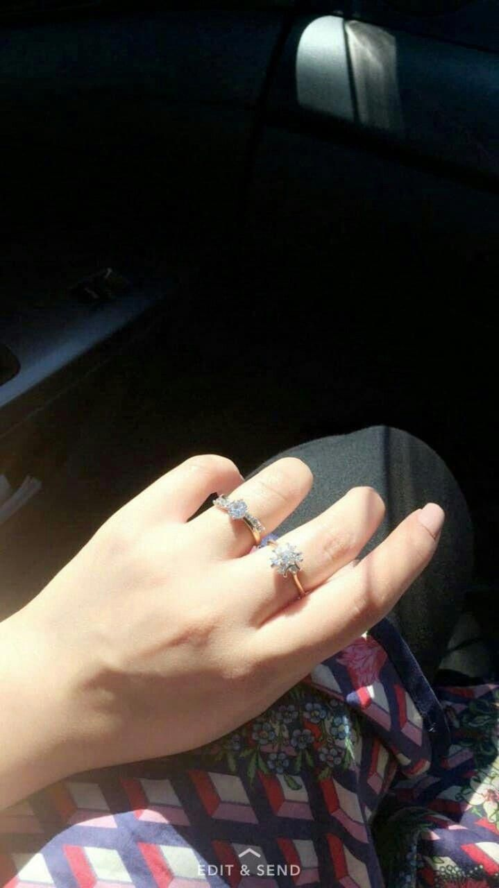 Pin By زهــراء علـوش On Jewelry Girl Hand Pic Hand Pictures Hand Photography