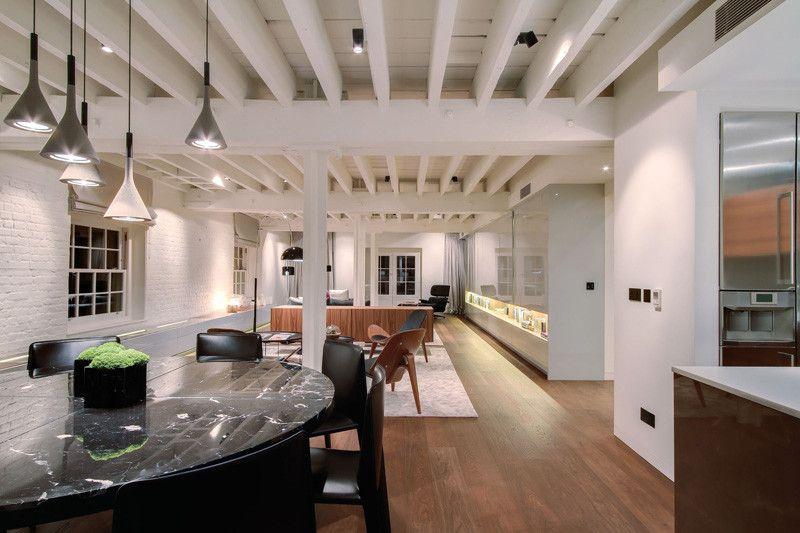 Questo appartamento a Londra è all'interno di un vecchio edificio di 200 anni