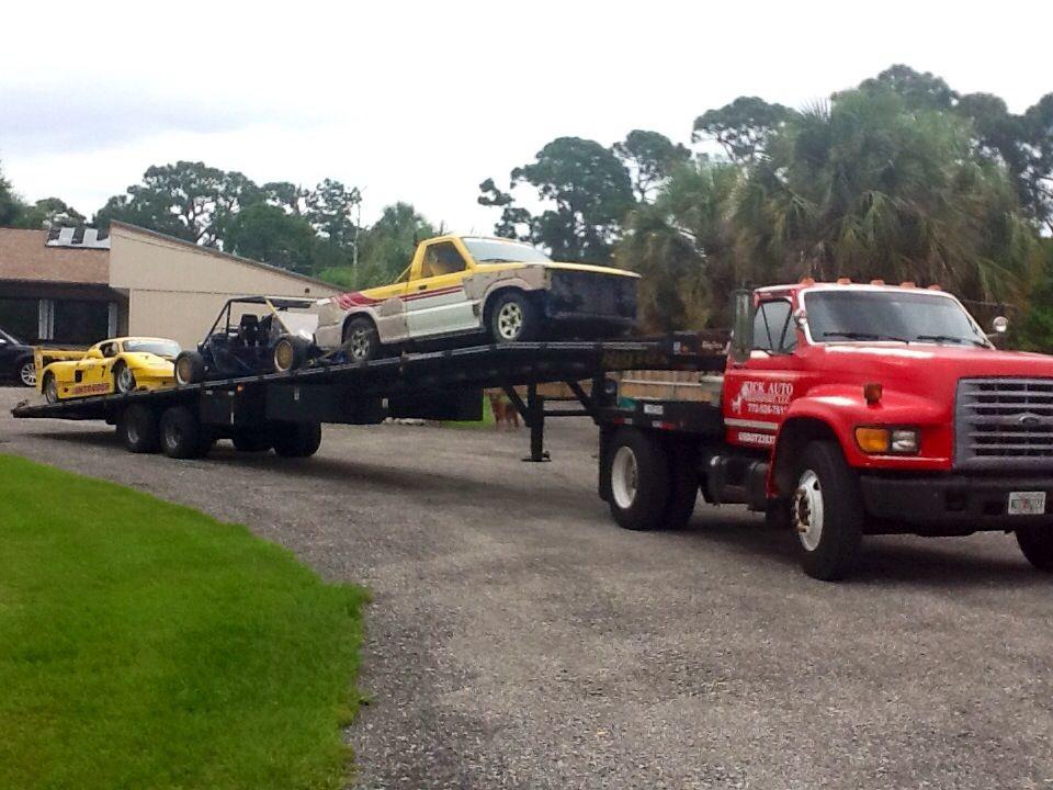 Ford f800   Tow trucks   Semi trucks, Trucks, Monster trucks