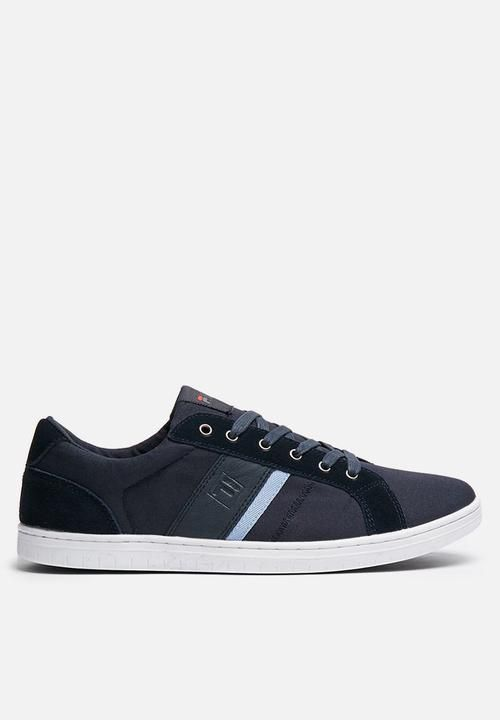 cheaper 9b80f b1abd Fila Mark 2 - Navy FILA Sneakers  Superbalist.com