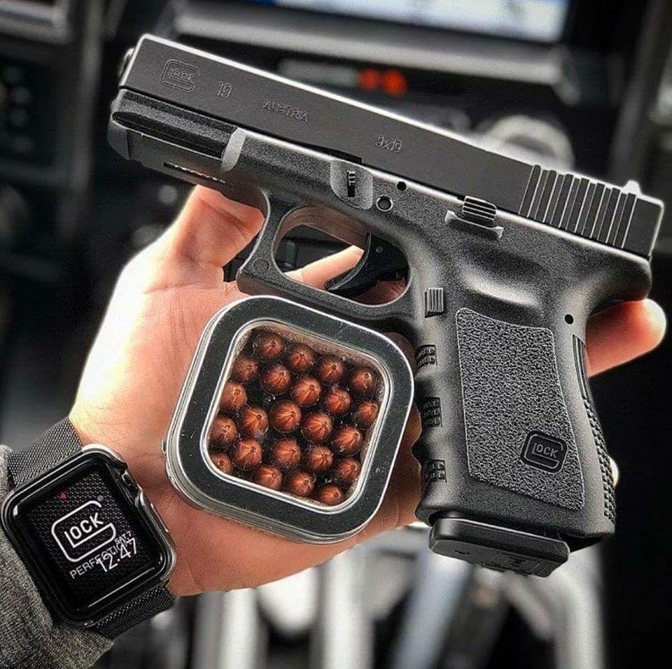 images?q=tbn:ANd9GcQh_l3eQ5xwiPy07kGEXjmjgmBKBRB7H2mRxCGhv1tFWg5c_mWT Smart Watch Ne Kosove