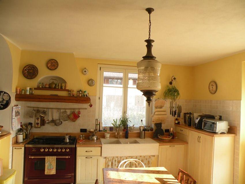 Cucina in massello chabby chic - Camini Fai da Te - Camini ...