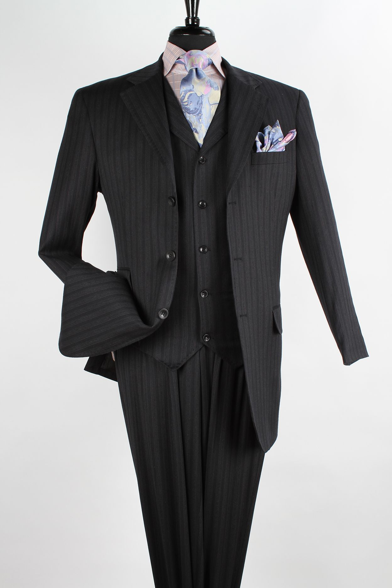 This Apollo King Men S 3 Piece 100 Wool Suit Comes In