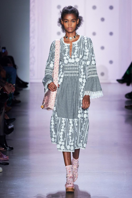 Spring 2020 Usa.Pin On Fashion Week 2020 Spring Ready To Wear Resort