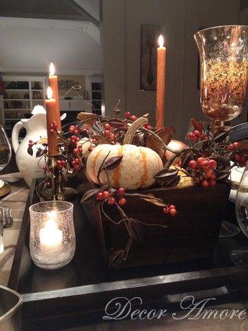 Gilded Gourds and Mini Pumpkin Thanksgiving Centerpiece #thanksgivingtablesettings
