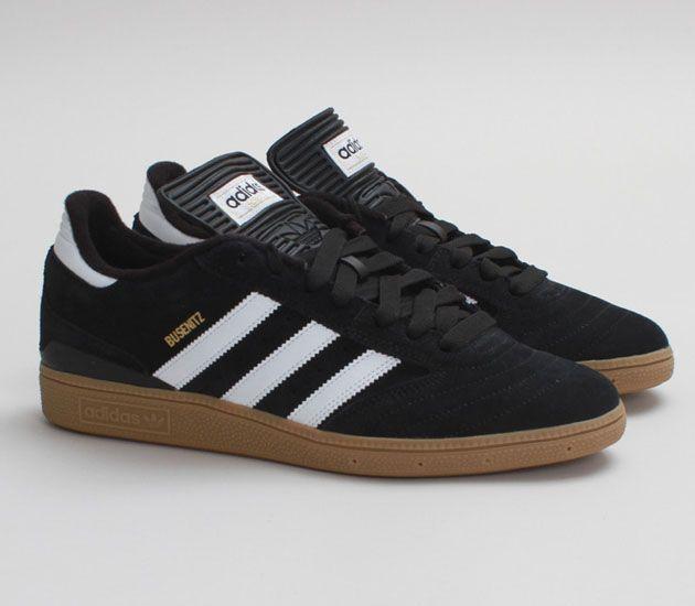 check out 39943 301ee adidas Skateboarding Busenitz – Black   Running White – Metallic Gold Zapatos  Adidas, Zapatillas,