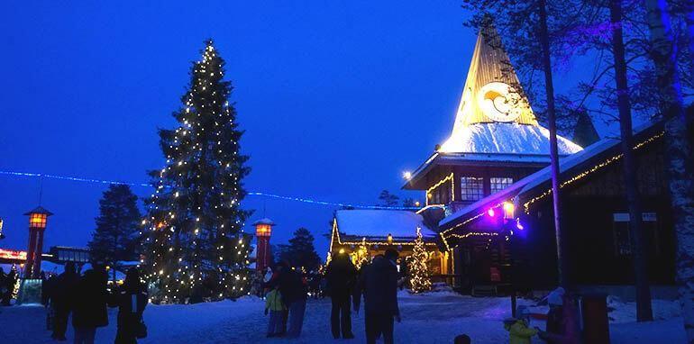 Visitar La Casa De Papa Noel En Laponia Santa Claus Village Laponia Viajar Por Espana Viaje A Europa