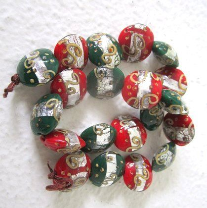 Christmas Beads - Glass, Red, Green, Gold. Silver - 10 Beads