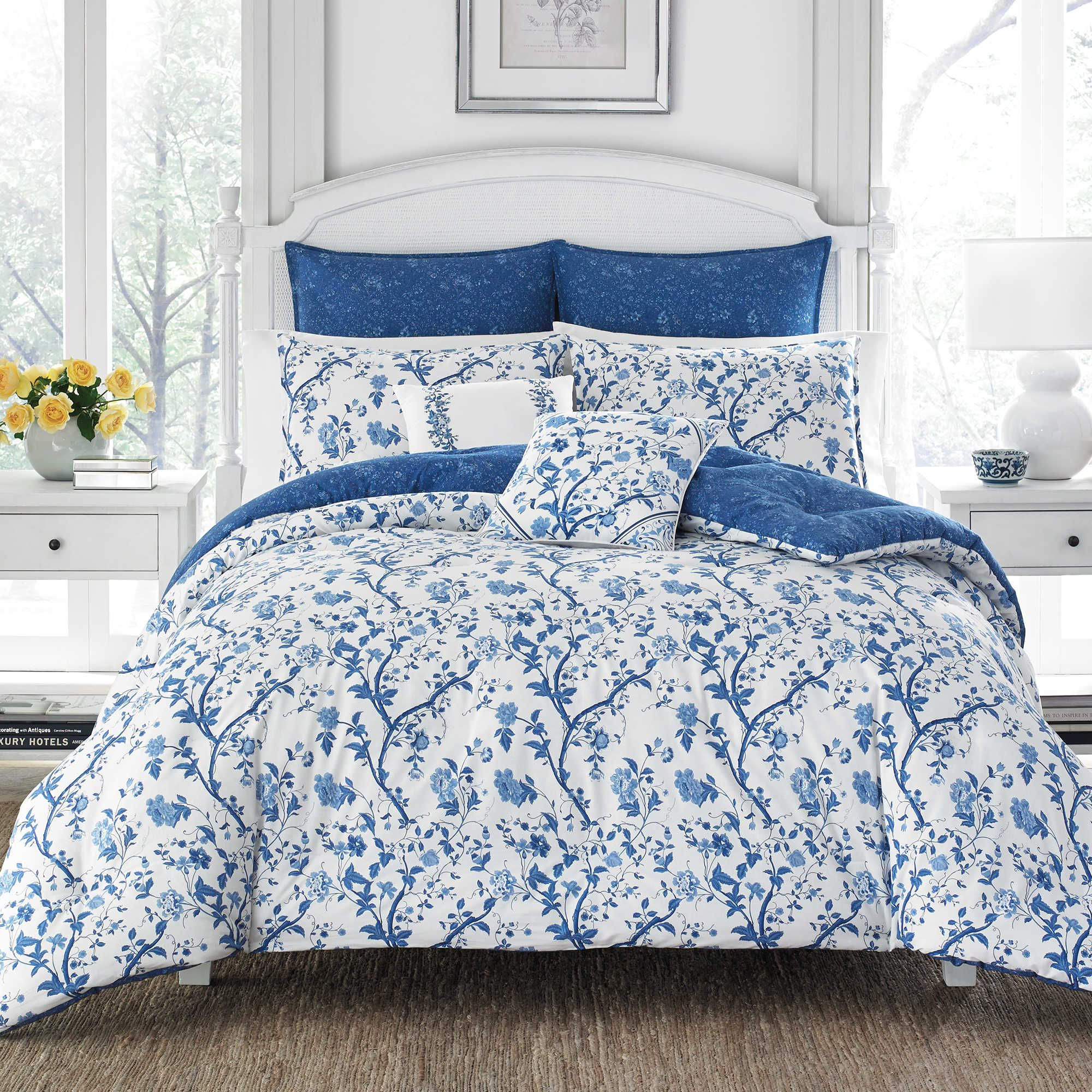 Laura Ashley Elise Comforter Set in 2020 Blau weiß
