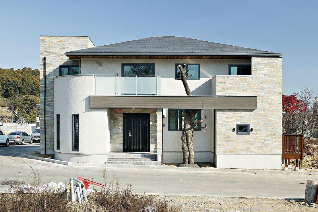 답답한 주택가 속, 보물 같은 협소 주택 size: 1108 x 739 post ID: 8 File size: 0 B