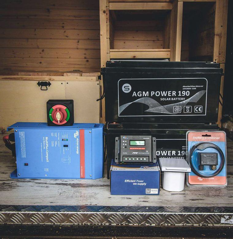 Choosing a battery for your van van conversion solar