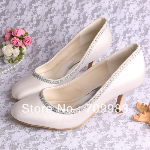1000  images about chaussures on Pinterest | Wedding shoes, White ...