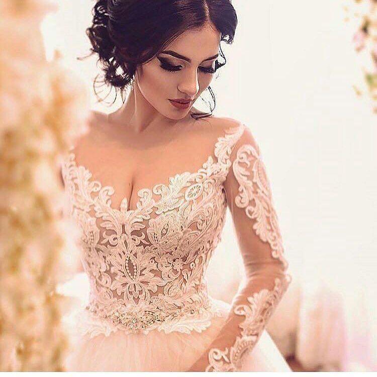 Um Excelente Vestidos de prometida de manga comprida personalizados que você pode remunerar Leste lindo vestido de prometida com dec... #comprida #manga #personalizados #prometida #remunerar #vestidos