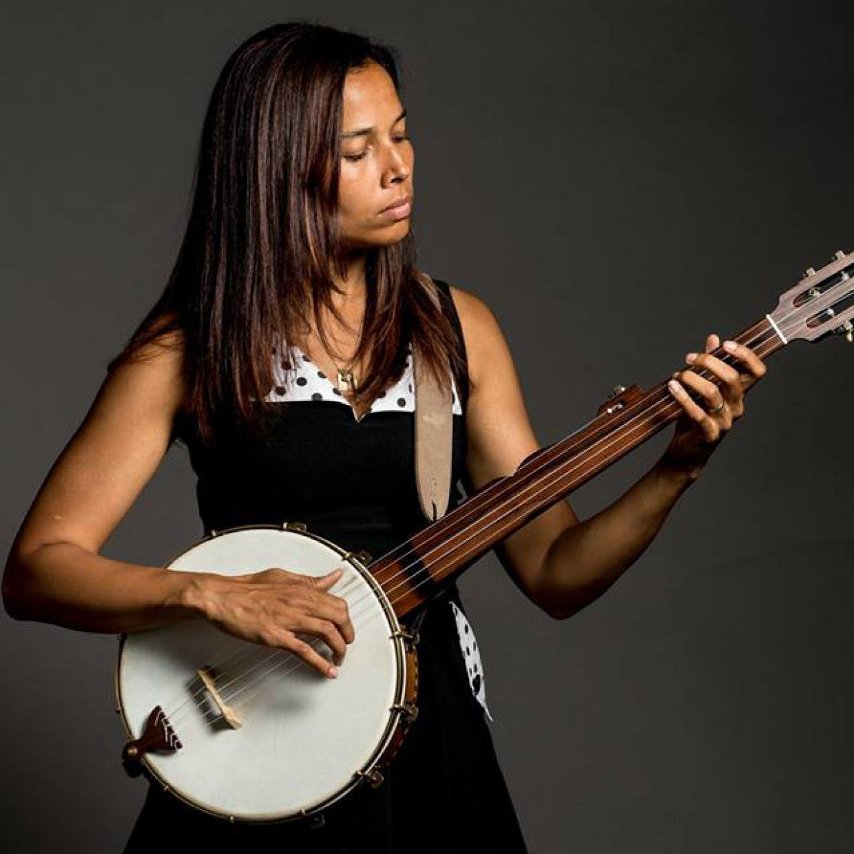 9 Times Clawhammer Banjo Was Almost As Good As Scruggs Style The Bluegrass Situation Rhiannon Giddens Banjo Music Banjo