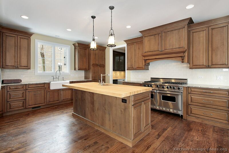Traditional Medium Wood Brown Kitchen Cabinets 13