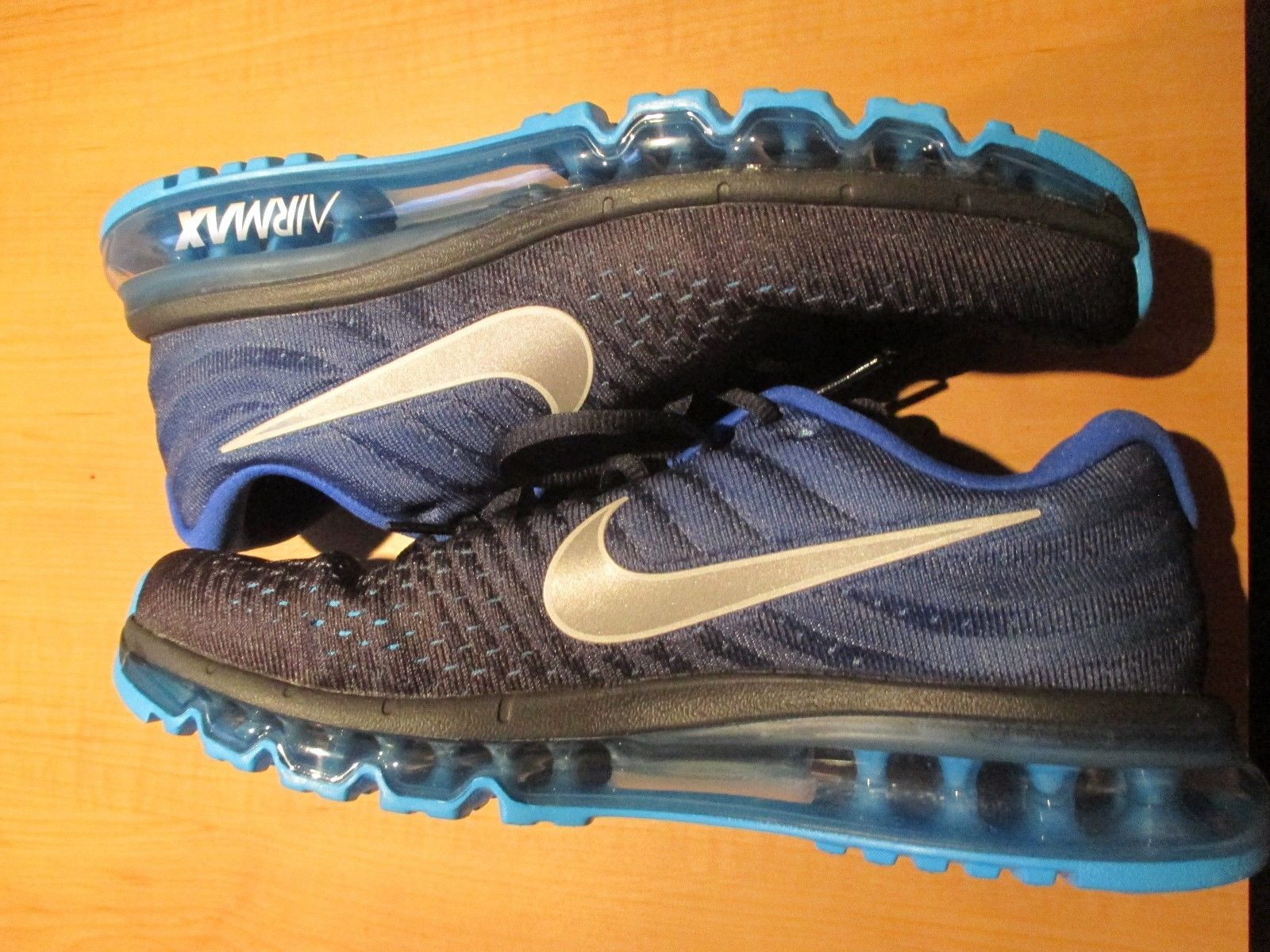 Mens Nike Air Max 2017 size 10.5 blue black white