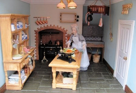 Carol Clarke furnishes a Georgian Dolls House kitchen with DIY instructions to produce the fireplace, oven, sink and goes on to show how to accessorise this per #victoriandolls