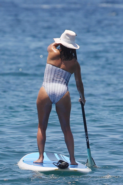 nudes (58 photo), Ass Celebrity photos