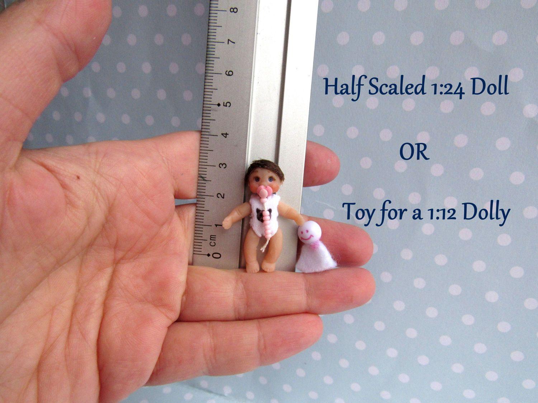 Ooak Baby Puppe Beweglich 3 5 Cm Miniatur 1 24 Puppenstube Biegepuppe Kunstlerpuppe Mini Baby Oder Puppe F Baby Girl Dolls Unique Items Products Granny Dolls