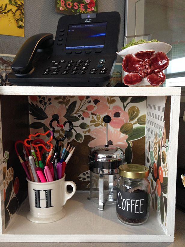 Cubicle Décor Ideas To Make Your Home Office Pop: DIY Cubicle Decor: Dress Up Your Desk