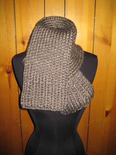 Brown Knit Scarf by redtailfoxx on Etsy
