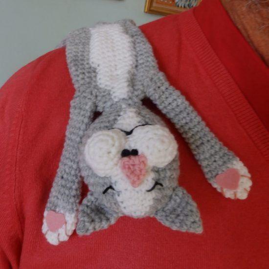 Free Crochet Yorkie Dog Pattern With Video   Cortinas y Mono