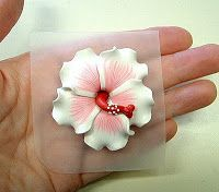 Clay In The Hands: How To Make A Hibiscus   #Polymer #Clay #Tutorials