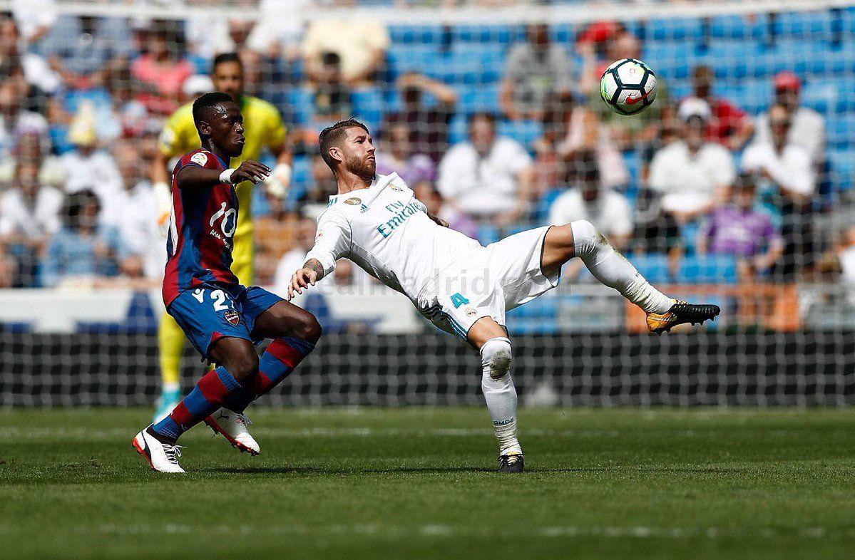 Sergio Ramos Soccer Real Madrid Stadium Soccer Pitches: Real Madrid, Madrid, Soccer Field