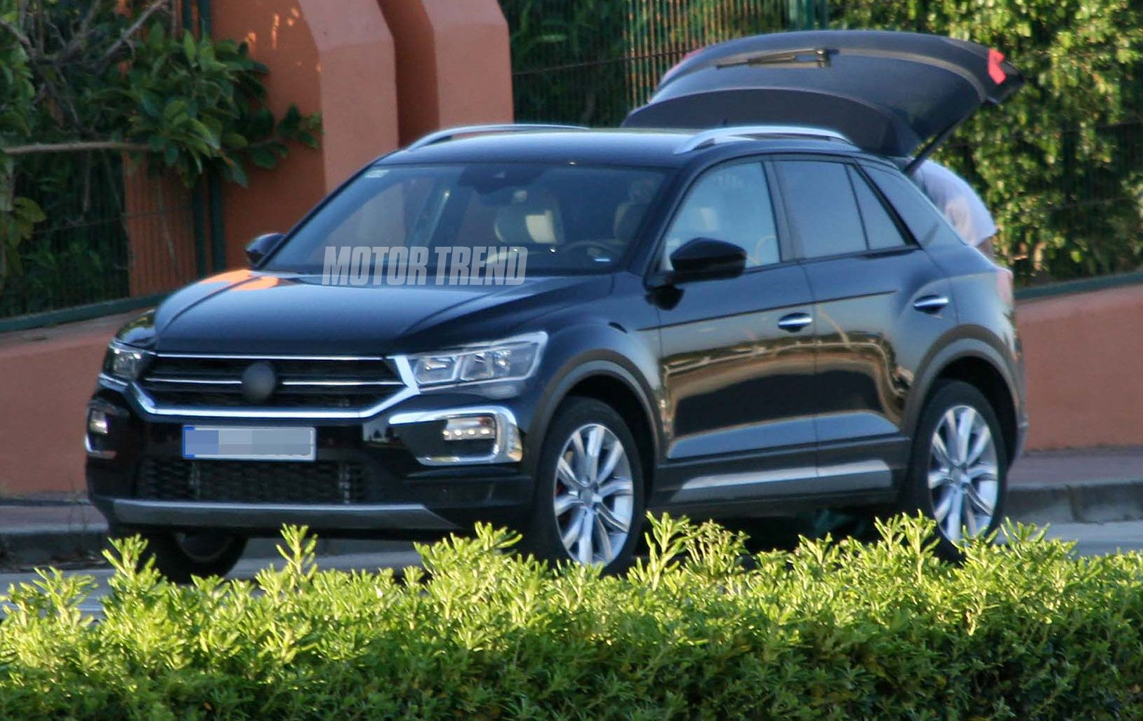 2018 volkswagen t roc first drive review motor trend http www