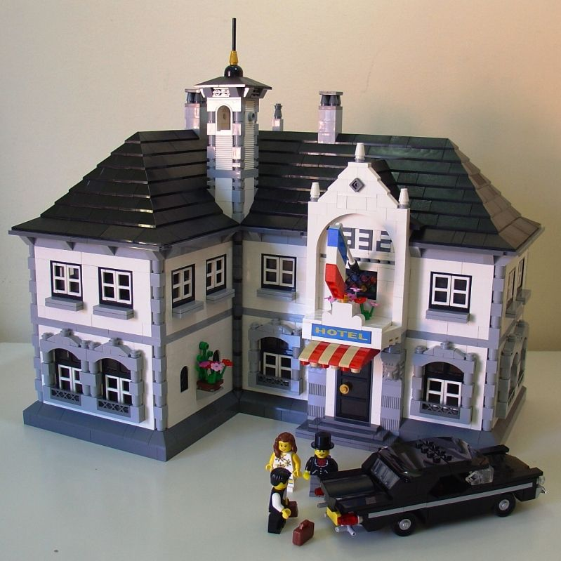 The flag on this is super cute - and the base is unexpected! | Lego ...