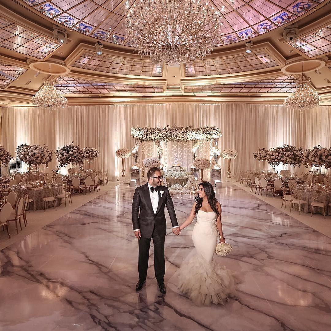 That dance floor though so pretty so luxe munaluchibride for Wedding dance floor size