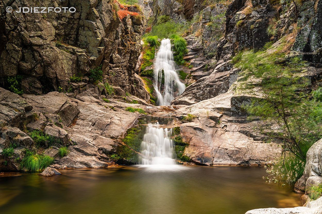 Cascada Del Purgatorio En La Sierra De Guadarrama Madrid Sierraguadarrama Cascadapurgatorio Cascadadelpurgatorio Sier Cascadas Paisajes Parques Nacionales