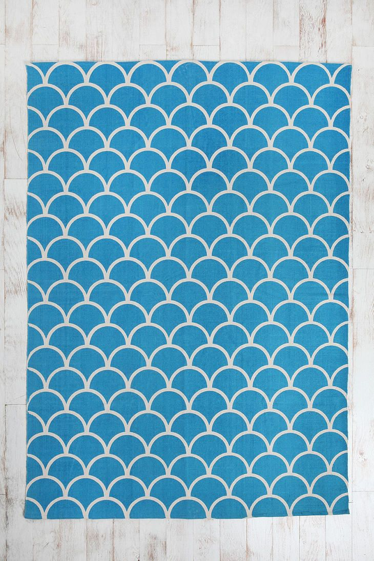 5x7 Stamped Scallop Rug  #UrbanOutfitters