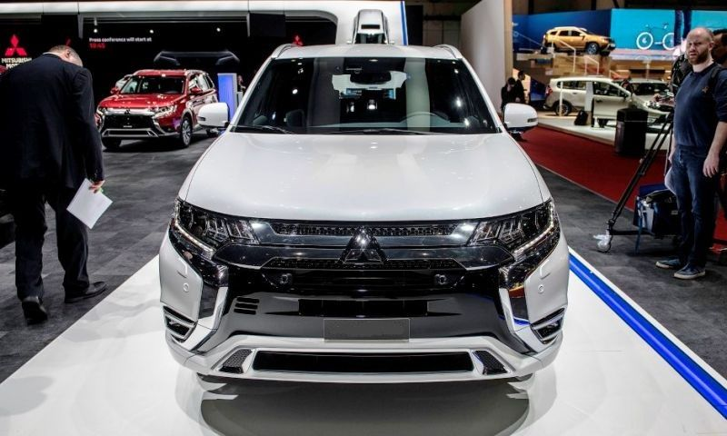 The Exterior Of The All New 2020 Mitsubishi Outlander Will Remain Simple And Subtle The Design Is Unique And Very Outlander Phev Mitsubishi Outlander New Suv